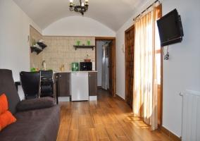 Salón y cocina en planta diáfana