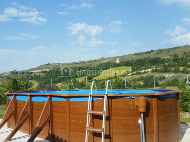 Casa rural mart nez en ros burgos for Casa rural piscina climatizada interior