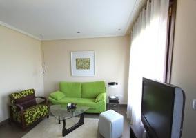 Salón de la casa en tonos modernos