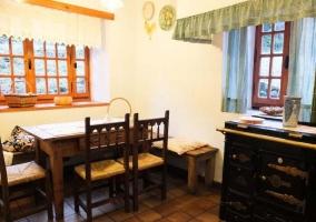 Mesa de estar de la cocina
