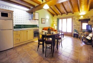 Apartamento Pascualeta - Santa Águeda - Valderrobres, Teruel