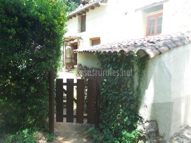 Casa kasbah en cortegana huelva - Porche entrada vivienda ...