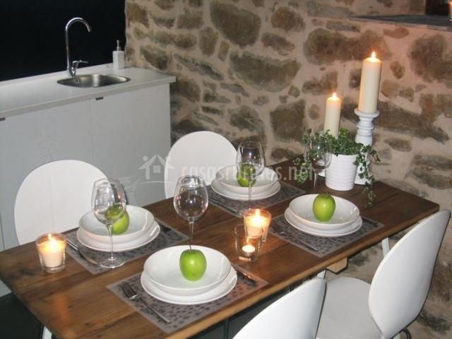 Casa rural el secreto de arlanza en arlanza le n for Mesa supletoria cocina