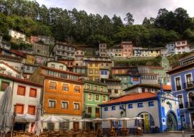 Cudillero y sus coloridas casas