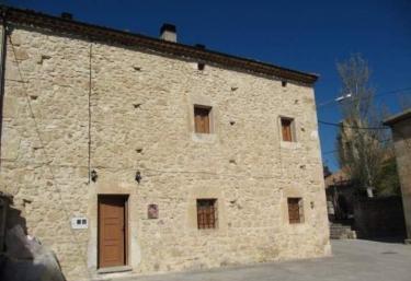 La Plazuela de Morcuera - Morcuera, Soria