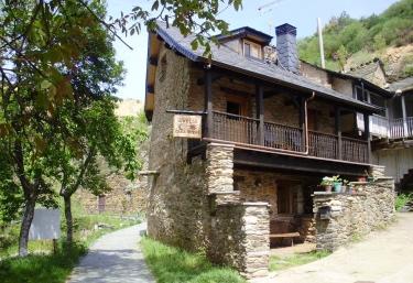 Casa Rural Amelia - Anllares Del Sil, León