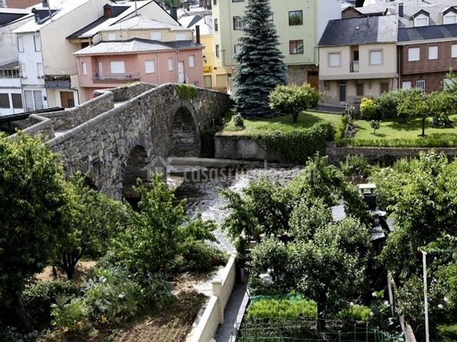 Vistas al puente romano
