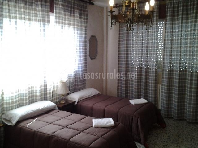 Camas individuales de dormitorio doble