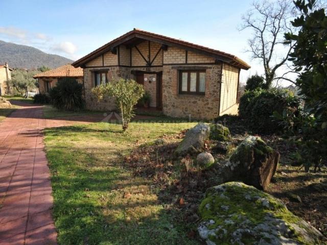 Casa rural torres en valdenoceda burgos for Casa rural 5 habitaciones