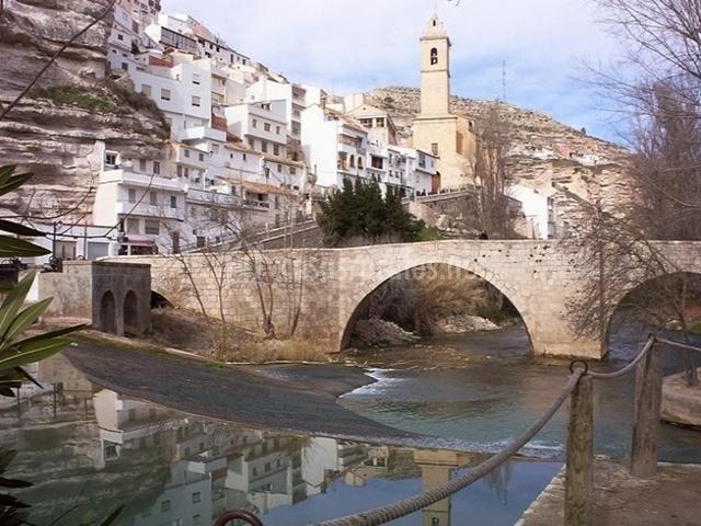 Puente Romano Matrimonio : Río júcar i en tolosa albacete
