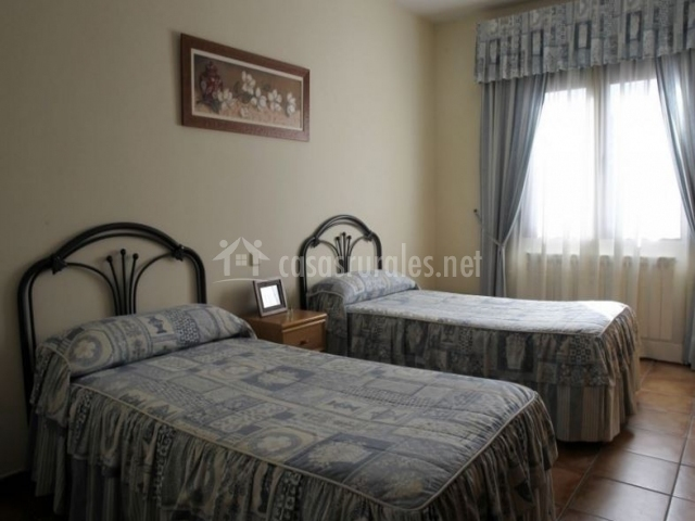 Habitación de 2 camas en azul