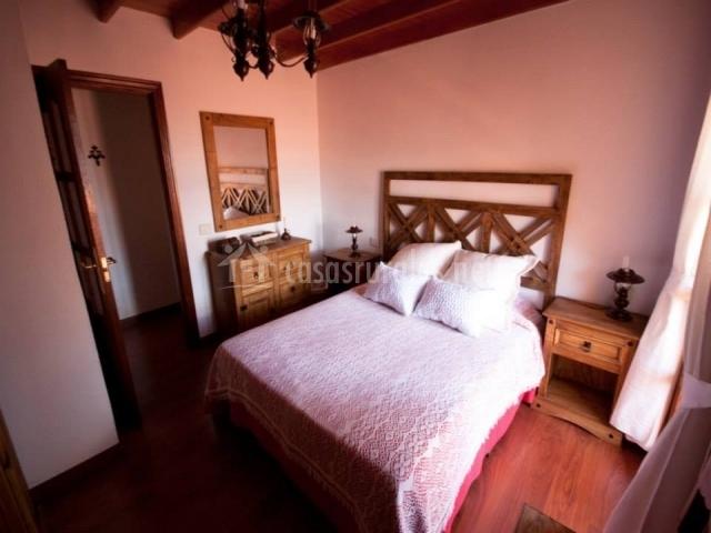 Villa zoila en la lechuza gran canaria for Baul dormitorio matrimonio