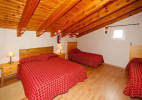 Dormitorio para 4