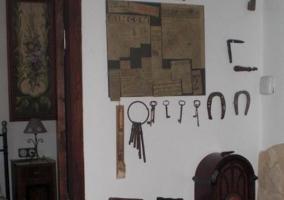 Elementos de labranza en las paredes