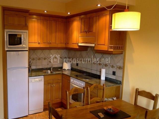 Apartamento casa rivera 6 plazas en ainsa huesca for Pozas para cocina