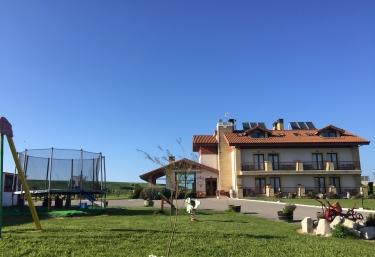 Rancho Santa Gerónima - Langre, Cantabria