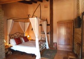 Dormitorio principal en estilo rústico
