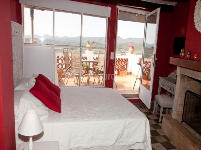 La media luna casas rurales en segorbe castell n for Casa rural 5 habitaciones