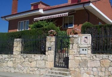Casa Rural El Castillo - Coruña Del Conde, Burgos