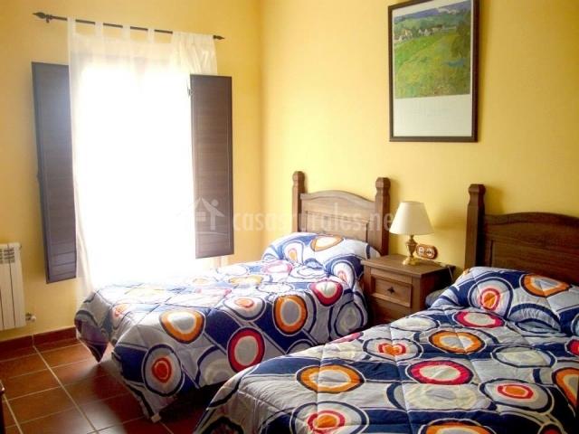 Dormitorio muy luminoso