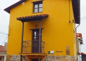 Casa de Aldea La Tenada