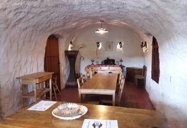 Cueva Almendra - Baza, Granada