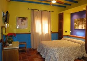 Dormitorio decorada en azul