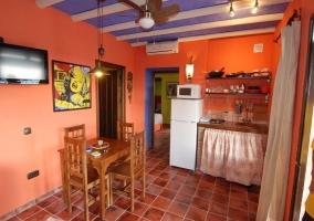 Sala de estar con cocina integrada