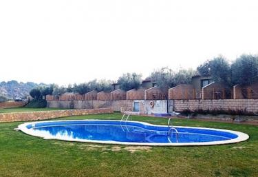 Casas rurales con piscina en tarragona for Camping con piscina climatizada en tarragona