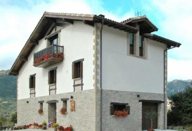 Casa Rural Urederra I  - Baquedano, Navarra