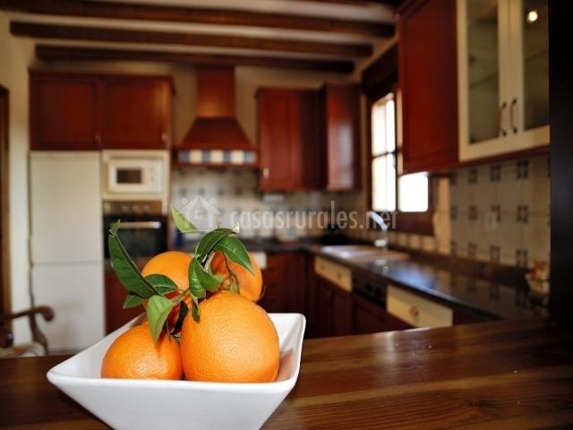 Naranjas en la encimera
