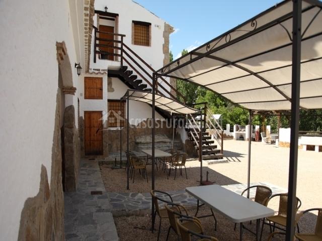 Cueva i en castillejar granada for Casa de granada terraza madrid