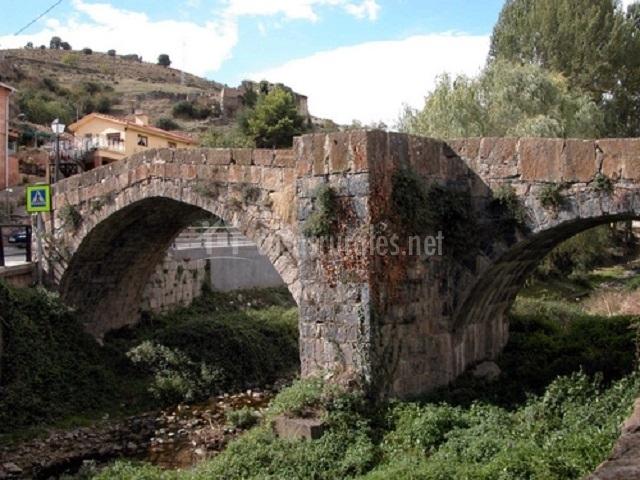 Puente Romano Matrimonio : Casa rural traditio en munilla la rioja