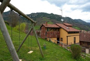 Ca María Fayas - Proaza, Asturias