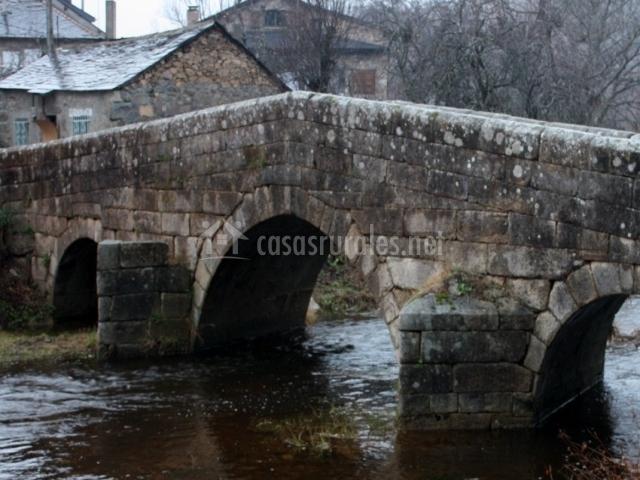 Puente Romano Matrimonio : Los millares casas rurales en ribadelago de franco zamora