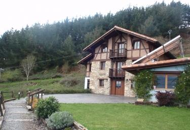 Casa Rural Ogoño Mendi - Elantxobe, Vizcaya