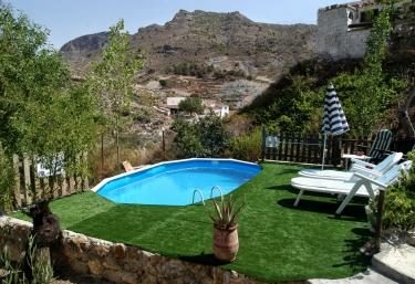 Cortijo Al-Damuz - Oria, Almería