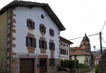 Zapatilenea - Irurita, Navarra