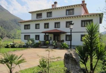 Apartamentos B La Bardenilla - Panes, Asturias