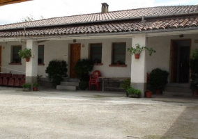 Entrada y foto principal de la casa