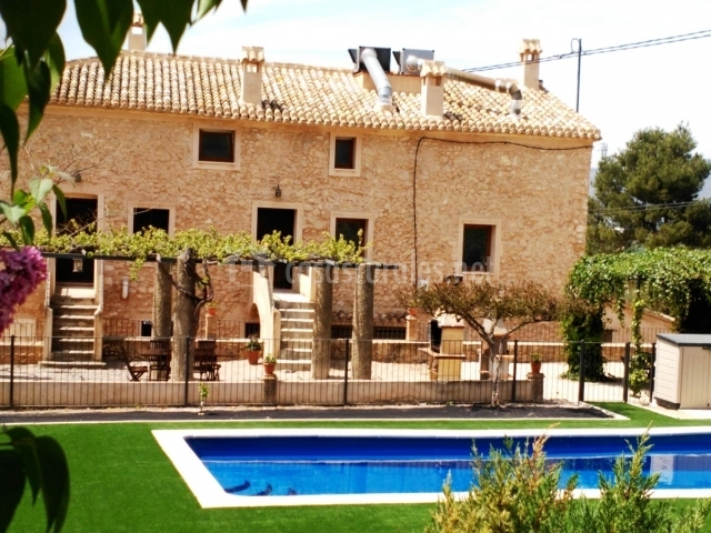 Apartamento 3 la alquer a del pilar en banyeres de - Alojamiento rural con piscina ...