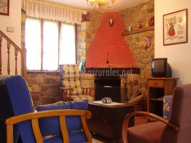 Casa albina en riofabar (asturias)