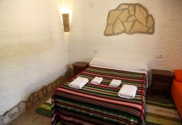 Cueva III - Castillejar, Granada