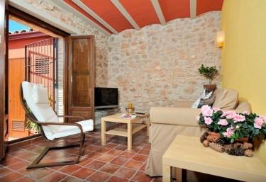 Casa Roja - el Celler - Banyeres Del Penedes, Tarragona