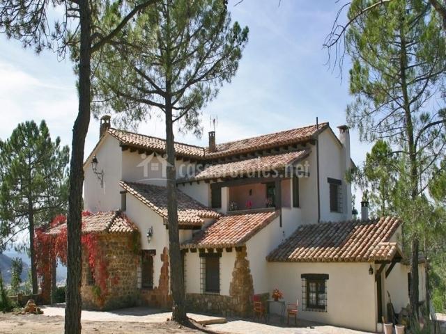 Casa rural las flores en rubielos de mora teruel - Casas rurales rubielos de mora ...