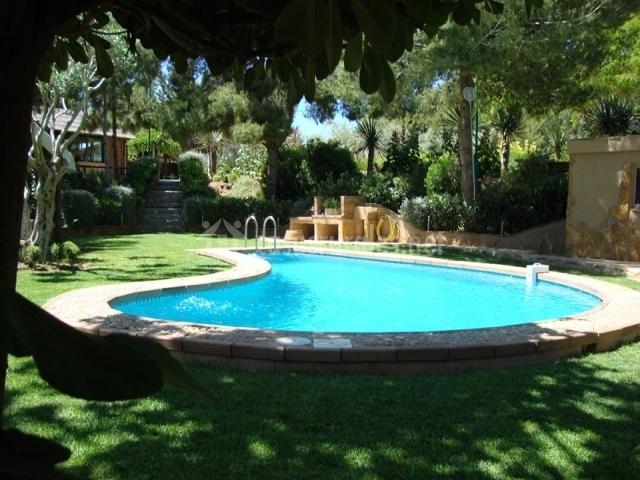 Vivienda tur stica rural cambiardeaires casas rurales en for Casas rurales alicante con piscina