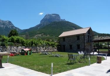 Apartamentos Puerta de Ordesa - Broto - Laspuña, Huesca