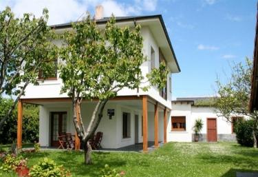 La Casa Nueva - Cadavedo, Asturias