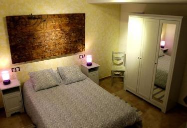 Vista completa del dormitorio
