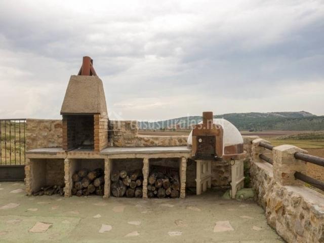 Masada andabe ii en cuevas de ca art teruel - Barbacoa y horno de lena ...